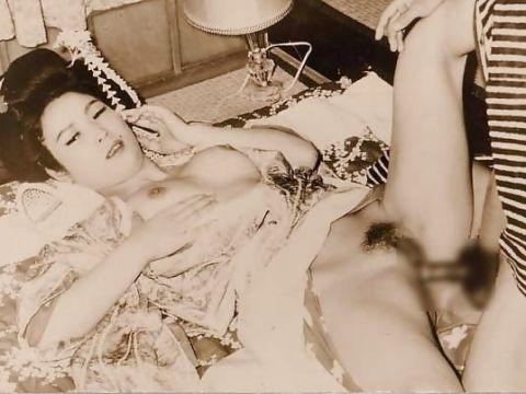 【昭和のエロ画像】なにこれ!?昭和…いやもっと古いのもあるハメ撮り画像がすげー!!!
